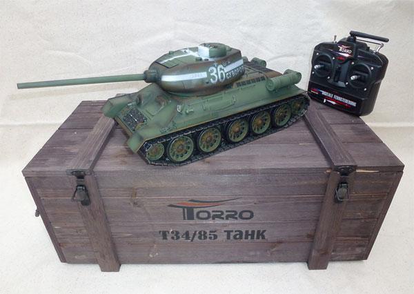 ラジコン戦車完成品トロTorro 1/16 T34/85プロ-メタルエディション(金属キャタピラ・BBシューティングシステム・サウンド・発煙仕様・迷彩塗装)T34/85 RC Panzer 2.4 GHz 1/16 Profi-Metall BB Grün1112400400