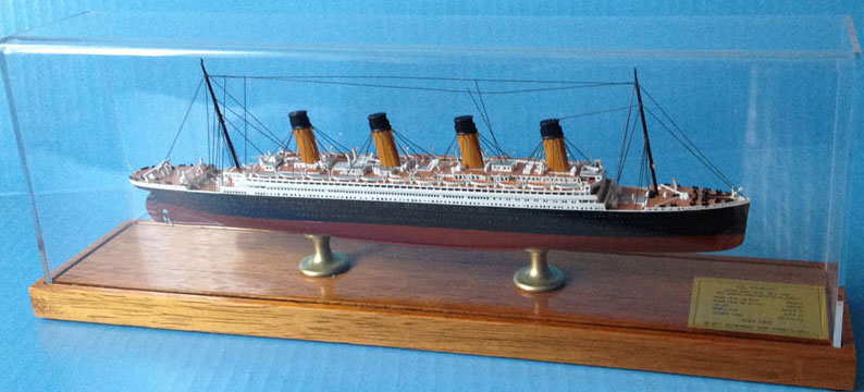 Scherbak 1/900 タイタニック( TITANIC, White Star Line, 1912 100 years commemorative edition)
