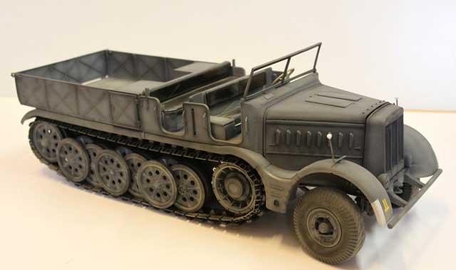 TamToys 1/16 Sdkfz9 Famo ハーフトラック フルメタルキット