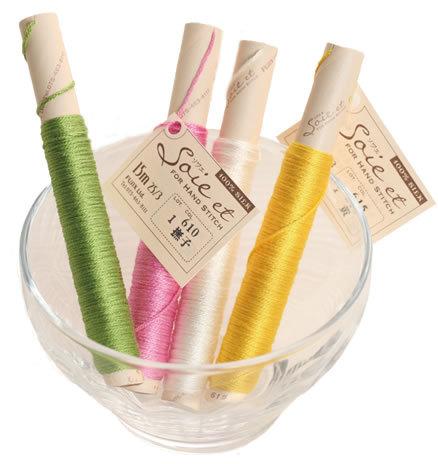 上品な光沢とやさしい肌触りをもつシルクの刺しゅう糸 京都の絹糸染めの職人の手によって染色しているため 繊細な柔らかい色合いが生まれました FUJIX フジックス Soie ご予約品 ソワエ 激安通販販売 単色 色637~645 全45色 et