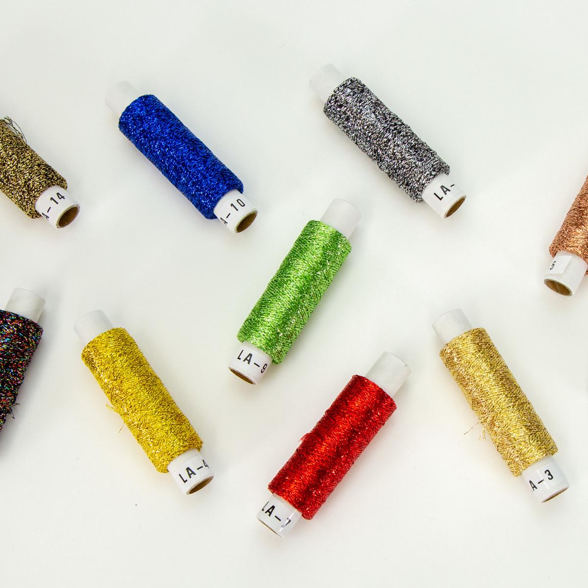 刺しゅう 売り出し 手まり 編物 織物などの手工芸に 光る素材としてご使用下さい 50m 手芸用ラメ糸 15色 ブランド激安セール会場 オリムパス 作品が一段とイメージアップされます
