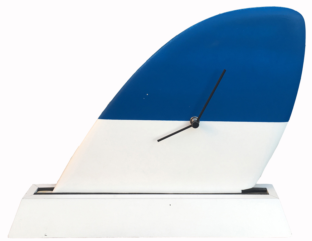 【時計】サーフィン フィン クロック ブルー & ホワイト/インテリア リビング 玄関 トイレ 部屋 プレゼント モダン おしゃれ 置き時計 棚飾り テーブル クロック 飾る Mサイズ 巣ごもり
