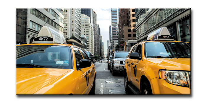 キャンバスアート アーバンスタイルL ニューヨーク イエローキャブ(URBAN STYLE L New York/Yellow Cab)/額入り 絵画 絵 壁掛け アート リビング 玄関 トイレ インテリア かわいい 壁飾り 癒やし プレゼント ギフト アートパネル ポスター アートフレーム おしゃれ 4Lサイズ