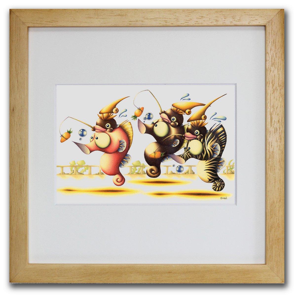壁掛けアートは リビングや玄関におすすめのインテリア 絵画といえばルノワール ゴッホのひまわりといった名画が有名 かわいい壁飾りはお部屋を癒やしてくれそう プレゼントにも 色鉛筆画 国際ブランド 版画 ゆうパケット 競馬魚 SHOji インテリア 壁掛け 額入り 額装込 油絵 プレゼント おしゃれ アートパネル アートフレーム 飾る アート 国内正規品 巣ごもり 玄関 ポスター リビング モダン 風景画 Sサイズ