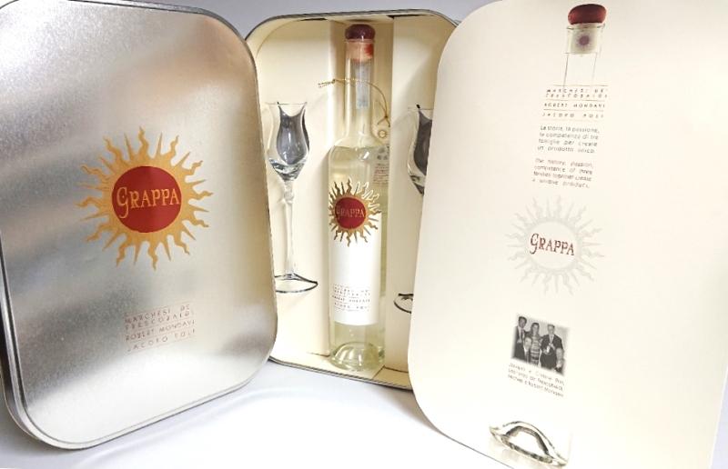 ルーチェ グラッパ500ml グラス付き 缶ギフトボックス/イタリアワイン/ブランデー/ブランディー 父の日