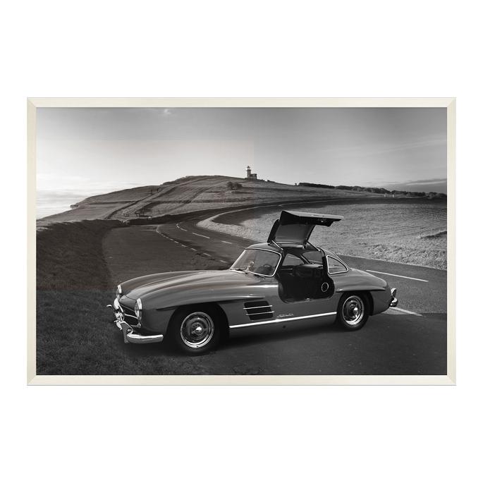 【送料無料】デザイナーズアート 115×69×5cm ビーダブリューフォトグラフィー メルセデスベンツ300SL B&W PHOTOGRAPHY IPC-61122 JIG 美工社 白黒 モノクロ 写真 アートフレーム 額付き自動車 レトロ スポーツカー