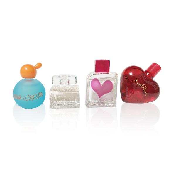 quality design 210c8 8bb7d レディース】憧れのブランド香水!可愛いミニボトルで試したい ...