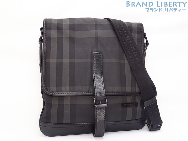 dc12e1336f54 Take Burberry BERBERRY nylon BEAT CHECK slant  shoulder bag messenger bag  men black nylon X leather 3802212