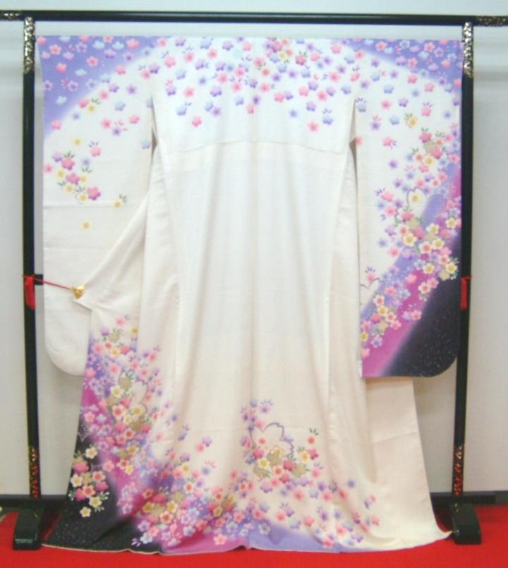 【高級振袖】「展示品・貸衣装・レンタルの振袖を大処分!!」【白・花】 身長155cm~175cm【振袖販売/中古/着物/きもの/和服】