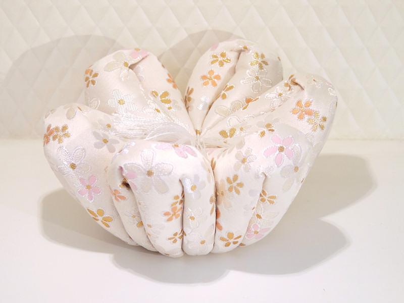 花柄がかわいらしい りん布団です りん布団 花布団 [正規販売店] 4号 季の風 ときのかぜ 卸直営