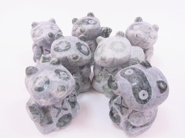 [置物]七福狸 乳鍾緑石