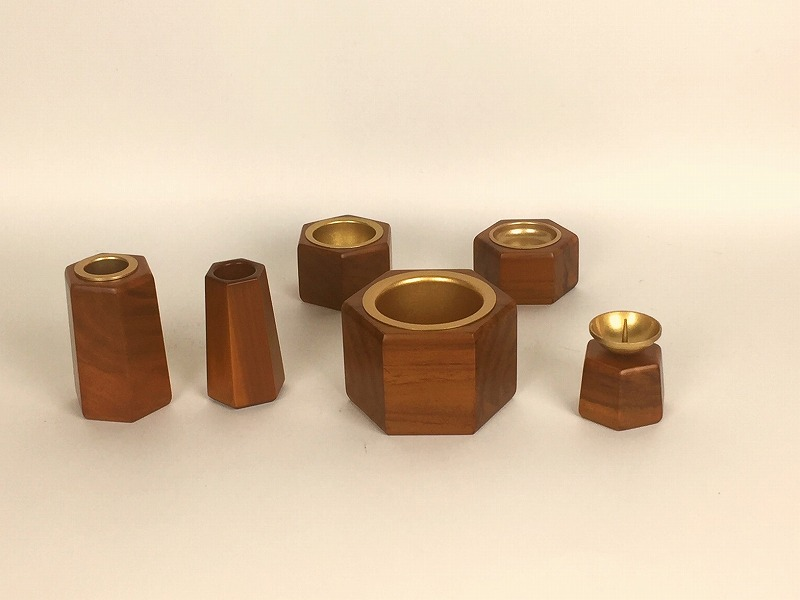 モダン仏具セット 木製「ルキア」ナチュラル色6具足 専用の予備線香差し付きになりました