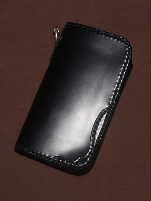 コードバン ミドルウォレット黒【財布/ウォレット/革/レザー/コードバン/手縫い/ミドルサイズ/ポケットサイズ】