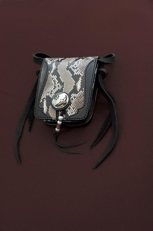 パイソンメディスンバッグ パイソンBタイプ黒革/レザー/サドルレザー/ダイヤモンドパイソン/へび革/へび柄/手縫い/メディスンバッグ