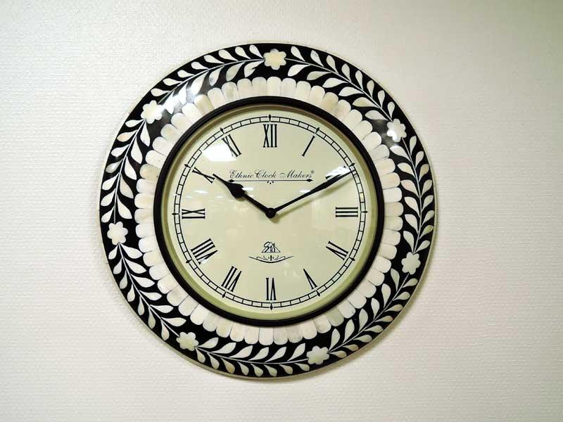 ウォールクロック シェル 貝 白 ホワイト 掛け時計 掛時計 壁掛け アンティーク クラシック アナログ インテリア おしゃれ 北欧 アジアン雑貨