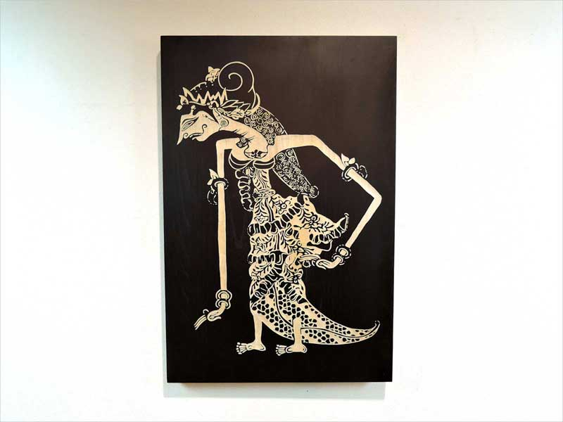 ワヤン ウィメン ウォールデコレーション 手彫り 女 影絵 伝統 木製 壁飾り 壁掛け インテリア モダン 黒 ブラック バリ インドネシア アジアン雑貨