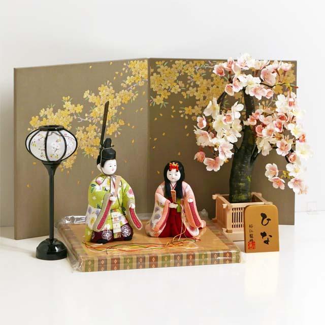 雛人形 木目込人形飾り ひな人形 明るいピンク衣装の木目込み人形立ち雛金桜飾り