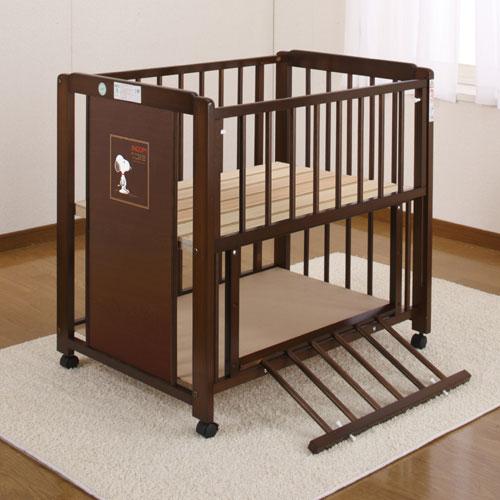 「ミニスヌーピー棚付エコ(ブラウン色)ひのきすのこ床板 ミニふとんA付」ベビーベッド ベビーベット 赤ちゃんベッド ミニベッド+ベビー布団ミニサイズのお得なセット