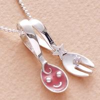 銀のスプーン ネックレス スプーン&フォーク 出産祝い スマイリーピンク 誕生石 イニシャル刻印