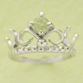 ベビーリング 出産祝い 刻印 ティアラ 誕生石 8月 ペリドット 宝石箱セット チェーン付 名入れ可