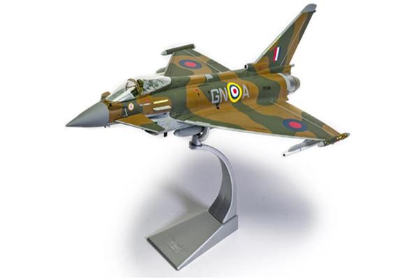 スタンド付属 飛行姿勢/駐機姿勢 選択展示可能  コーギー 1/48フユーロファイター タイフーン FGR4 (AA29001)【予約:2021年12月以降発売予定】通販 プレゼント 飛行機 航空機 完成品 模型