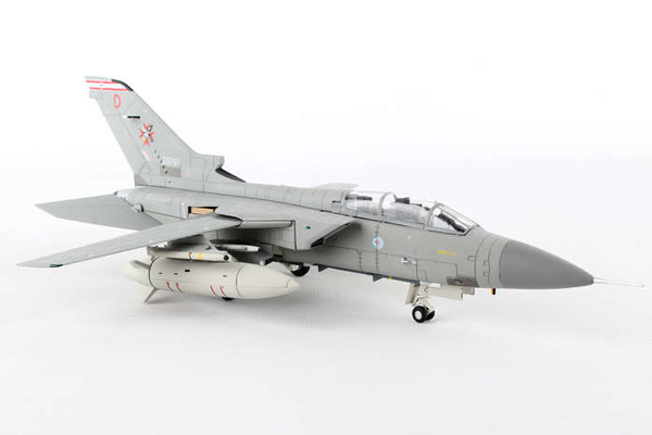 コーギー 1/72 パナビア トーネード F.3, ZG797/D 'Desperation', RAF No.29 Squadron, 1435 Flight, RAF Mount Pleasant, Defence of the Falkland Islands (AA39807)