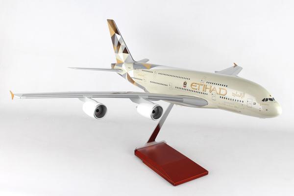 スタンド付属 ランディングギア付属  SKYMARKS 1/100 エティハド航空 A380-800 A6-APA (SKR8507) 通販 プレゼント 送料無料 飛行機 航空機 半完成品 模型