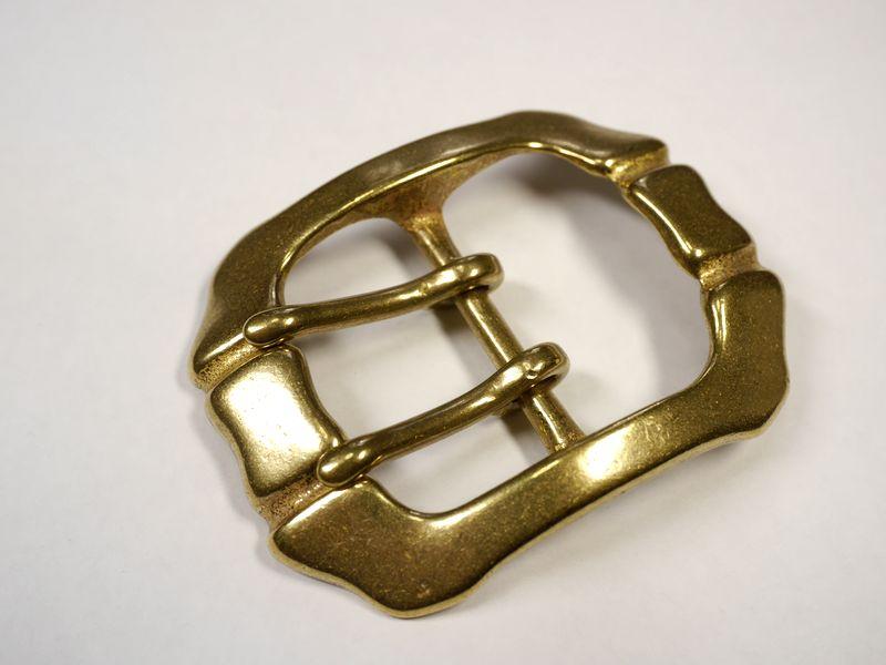 安心 高品質の日本製 真鍮無垢 ベルト幅40mm用 馬具職人工房 重厚ダブルピンバックル ゴールド 新品未使用 お気に入り