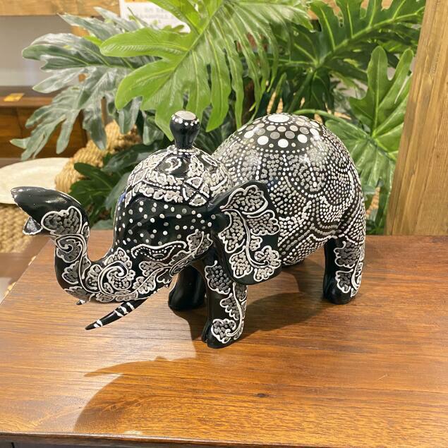 木彫り ゾウのオブジェ 象 置き物 黒 【 木製 ぞう 飾り エスニック アジアン雑貨 インテリア 置物】
