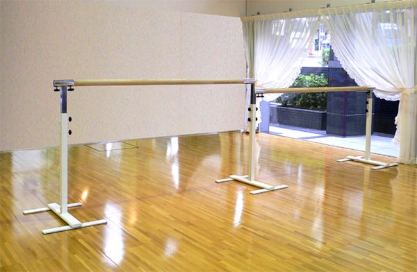 バレエレッスンバー クリスタルバー プロユース 2連ユニット バー3m CBP-L200,スタジオ,教室,バレエ用品
