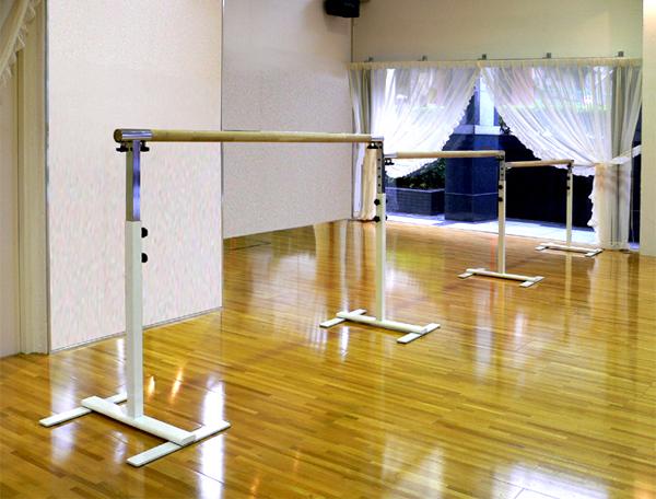 バレエレッスンバー クリスタルバー プロユース 3連ユニット バー3m CBP-L300,スタジオ,教室,バレエ用品