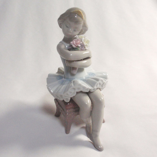 リヤドロ初めての舞台(Lladro)06763【送料無料】バレエ置物.バレリーナ