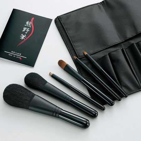 Kfi-K206 熊野化粧筆セット 筆の心 ブラシ専用ケース付き 代引き不可/同梱不可