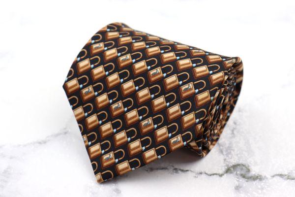 トラサルディ 予約 TRUSSARDI ブランド ネクタイ ゆうパケット 送料無料 ブラウン 総柄 美品 伊製 シルク 中古 4年保証