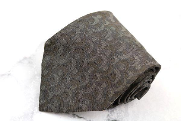 マーク ジェイコブス Marc Jacobs ブランド ネクタイ ゆうパケット シルク グレー イタリア製 良品 中古 ※ラッピング ※ 総柄 即出荷 送料無料