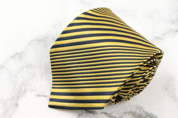ジャンフランコフェレ GIANFRANCO FERRE ブランド ネクタイ ゆうパケット 送料無料 幅違い 刺繍 中古 ストライプ柄 オンライン限定商品 品質検査済 イエロー シルク 良品 イタリア製