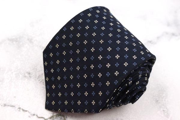 フェアファクス テレビで話題 FAIRFAX ブランド ネクタイ ゆうパケット 送料無料 花柄 日本製 シルク ネイビー ハンドメイド 新色追加 中古 良品 小紋柄