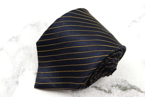 エルメネジルドゼニア 卸売り Ermenegildo Zegna 世界最高峰ブランド ブランド ネクタイ ゆうパケット イタリア製 ストライプ柄 シルク 気質アップ 中古 良品 送料無料 ネイビー