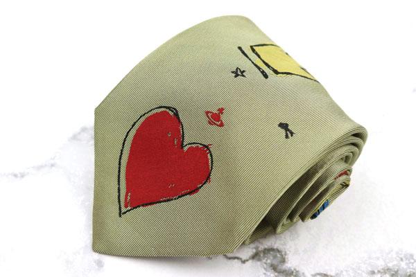 ヴィヴィアンウエストウッド Vivienne 予約販売品 Westwood ブランド ネクタイ ゆうパケット 送料無料 ロゴ オーブ イタリア製 シルク グリーン 総柄 ハート クラウン 激安格安割引情報満載 美品 中古