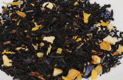 紅茶にハーブとナッツ類をブレンド 程よいスパイスとナッツ類がうまく溶け合ってマイルドで飲みやすく体を温めてくれます 季節限定ですが一年を通してお飲み頂けます 英国レジナルド社 並行輸入品 流行 レターパックでの送料無料 500g ウィンターフレーバーズ