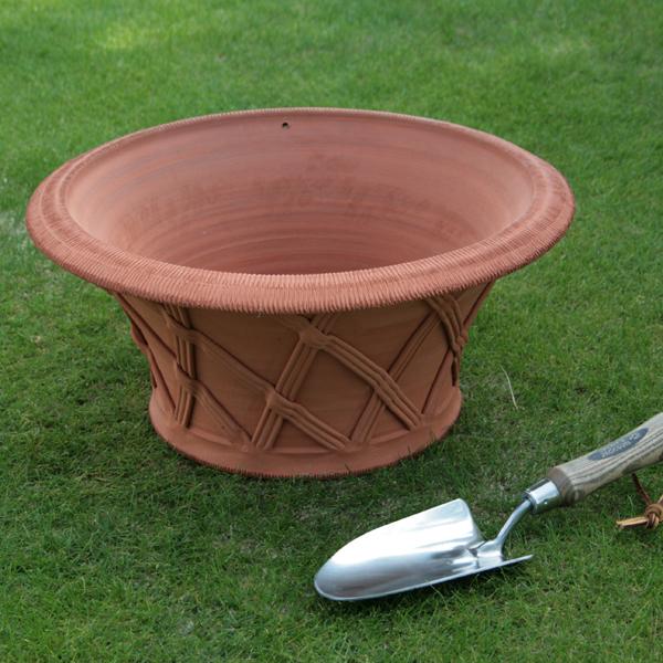 /在庫限り/ウィッチフォード シャロー バスケットポット 直径44センチ(約14.5号鉢) Whichford 英国製植木鉢 イギリス 【送料無料】【店頭受取対応商品】
