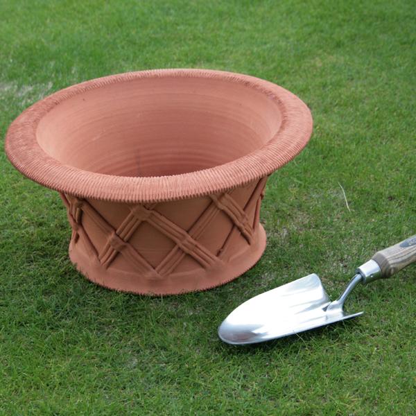 ウィッチフォード シャロー バスケットポット 直径36センチ(約12号鉢) Whichford 英国製植木鉢 イギリス 【送料無料】【店頭受取対応商品】