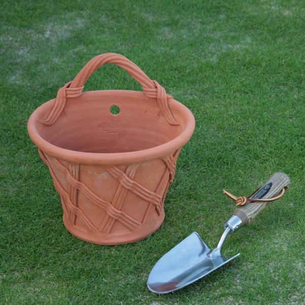 ウィッチフォード バスケット ウォールポット 直径25センチ(約8号鉢) Whichford 英国製植木鉢 イギリス 【送料無料】【店頭受取対応商品】