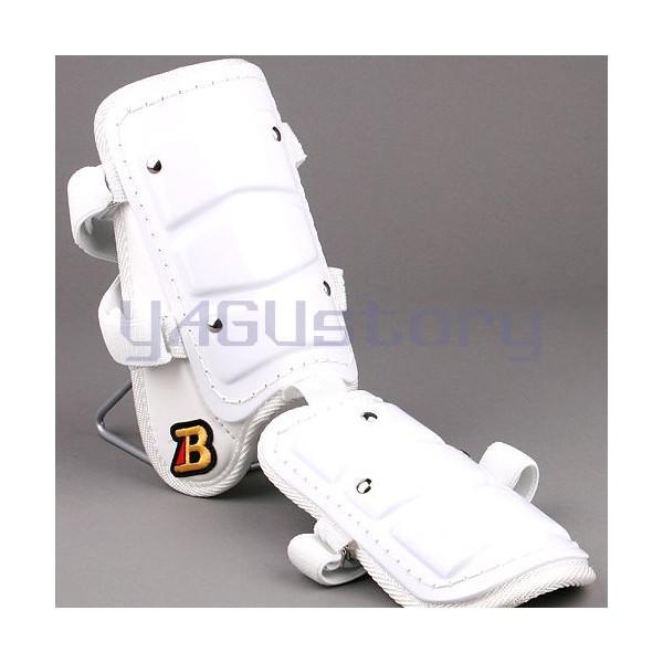 フットガードならベルガード 低価格化 プロ選手使用レベルです ベルガード BELGARD フットガード 左右打者兼用 ショートタイプ ガード Bマーク選択可能 高校野球対応カラー レッグ ホワイト 激安 FG800