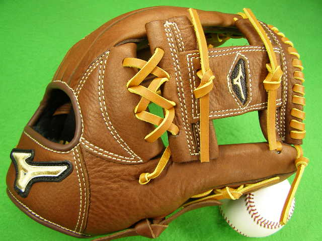型付け無料 ミズノ MIZUNO 海外モデル 内野用 MVP ブラウン 野球・ソフトボール兼用