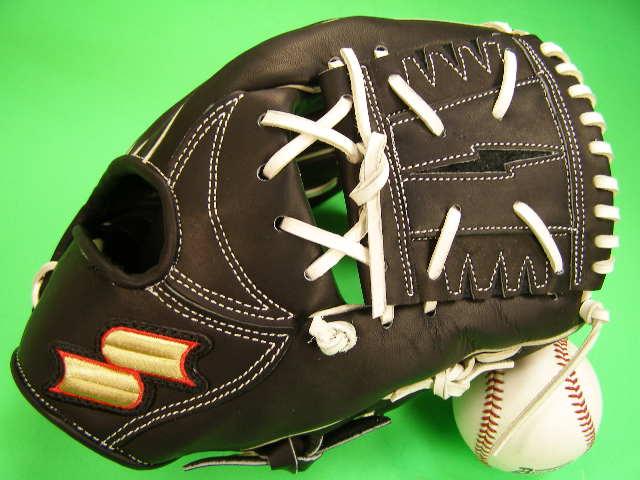 おすすめ 捕球感の良いグラブです SSK海外モデル 限定商品です 型付け無料 新着セール SSK エスエスケー ソフトボール兼用 ブラック×ホワイト 在庫一掃 内野用 野球 海外モデル 硬式野球対応