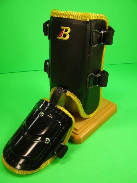 フットガードならベルガード プロ選手使用レベルです ベルガード BELGARD プロ仕様合皮巻きタイプ フットガード メーカー在庫限り品 ショートタイプ FG902 ブラック×イエロー レッグ 公式 ガード