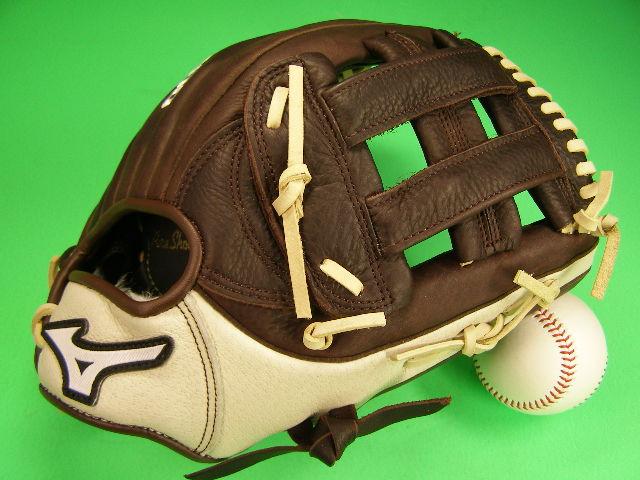 送料無料 型付け無料 ミズノ MIZUNO 海外モデル 外野用 FRANCHISE GFN 1250B3 12.5インチ 野球 ソフト兼用 外野 グローブ