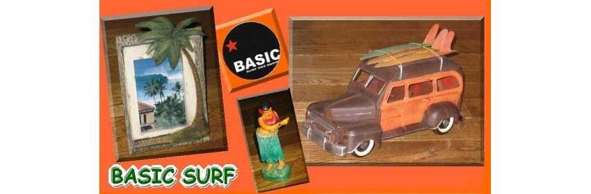 BASIC SURF:静波海岸、女神前にショップがあります。
