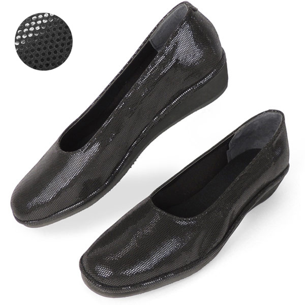 d6ef3bc8b No.385 Kroll Barrie lightweight pumps dot black fs04gm (women s women s  shoes shoes fashion washing machine washable small shoes 21.5 22 25  internal wear ...